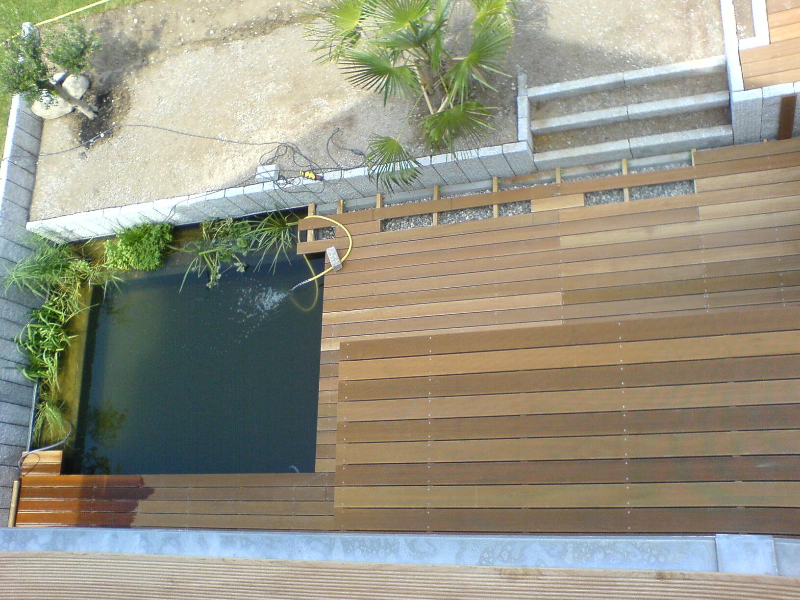 Verlegearbeiten: Terrassenboden